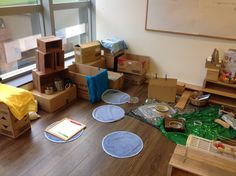 Reggio Classroom, Classroom Ideas, Deconstructed Role Play, Role Play Areas, Continuous Provision, Baby Sensory Play, Construction Area, Deconstruction, Early Childhood