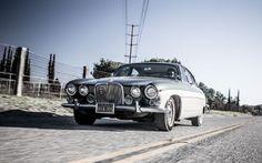 1967 Jaguar Mark X/420G Classic Drive - Motor Trend Classic