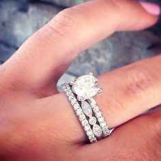 Wedding Rings and Engagement rings ideas for all styles - unique diamond engagement rings - #engaged #weddingideas #engagementrings #relationshipgoals #couplegoals #weddingrings #diamondrings #weddings #gettingengaged