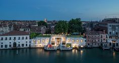 Venice Italy, Peggy Guggenheim Museum Palazzo Venier dei Leoni, where Peggy Guggenheim lived and which is now the location of her museum, is an unfinished century Grand Canal palace. Peggy Guggenheim, Venice Travel, Italy Travel, Italy Trip, Michelangelo, Monuments, Museums In Nyc, Venice Biennale, Venice Italy