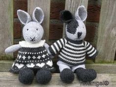 Konijntjes Knitted Bunnies, Bunny Rabbits, Knitted Animals, Knitted Dolls, Pet Toys, Doll Toys, Kids Toys, Knitting For Kids, Baby Knitting
