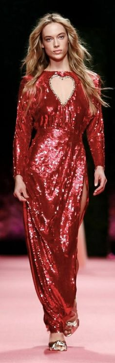 Red Party, Red Color, Supermodels, Fashion Models, Dresses With Sleeves, Long Sleeve, Style, Swag, Sleeve Dresses