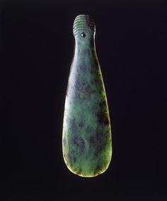 Finch & Co - A Fine New Zealand Maori Greenstone Nephrite Mere Pounamu