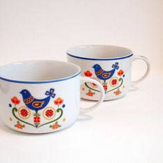 70 s Japan cup Set of 4 Colorful Partridge Cups Mid Century Modern epsteam Scandinavian Pattern, Scandinavian Folk Art, Vases, Folk Embroidery, Embroidery Patterns, Cute House, Swedish Design, Cupping Set, Pottery Art