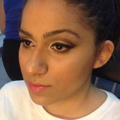 assistente maquiador(a) maquiador(a) designer de sobrancelhas