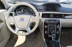 2014 Volvo XC70 3.2L Premier Interior