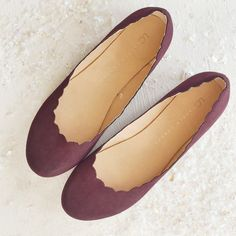 LC Lauren Conrad for Kohl's Burgundy Scalloped Ballet Flats
