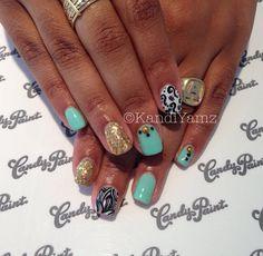 Gold sea blue nail