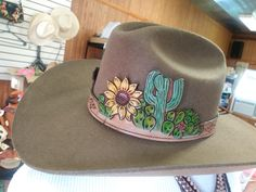 Fashion of Hats! O Cowboy, Cowboy Hat Bands, Cowgirl Hats, Western Hats, Western Chic, Cowgirl Style, Western Wear, Looks Country, Country Wear