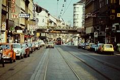 Vintage Vienna    Bevor es wieder schwarz-weiß wird noch ein bunter Abstecher in die Thaliastraße Ende der 70er-Jahre. Danke an Franz für dieses lebendige Zeitdokument