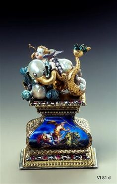 Elephant seal with Cupid, probably Frankfurt, early 18th Century. Baroque pearls, gold, enamel, silver, gold, diamonds, rubies. H 8.5 cm, W 5.6 cm, D 3.9 cm. VI 81 d. Green Vault. © Staatliche Kunstsammlungen Dresden 2013