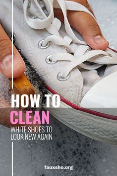 White shoes look great until they get dirty. It's hard to make them look new again unless you know a few tricks. We know the tricks. Keep reading to learn how you can make your white shoes look new again. Cleaning Recipes, House Cleaning Tips, Diy Cleaning Products, Spring Cleaning, Cleaning Hacks, Hacks Diy, How To Clean White Shoes, Clean Shoes, Cleaning White Shoes