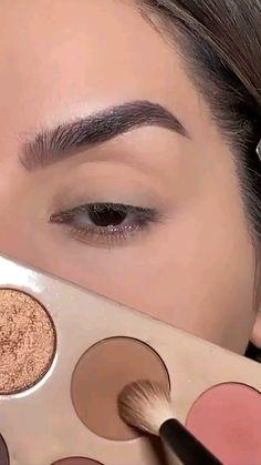 Face Makeup Tips, Makeup Eye Looks, Eye Makeup Art, Makeup Videos, Eyeshadow Makeup, Eyeliner, Vintage Makeup Looks, Smokey Eye Makeup, Dark Skin Makeup