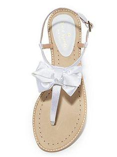 083ae2900346 24 Beach Wedding Shoes That Will Make Brides Happy