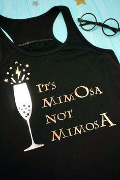 """Harry Potter Mimosa Shirt + SVG - """"It's MimOsa Not MimosA!"""" This funny Harry Potter mimosa shirt is perfect for brunch fans! Use our Harry Potter SVG file to create your own shirts, tote bags, and more! Harry Potter Mom, Harry Potter Universal, Funny Harry Potter Shirts, Vinyl Shirts, Mom Shirts, Homemade Shirts, Brunch Shirts, Create Your Own Shirt, Funny Disney Shirts"""