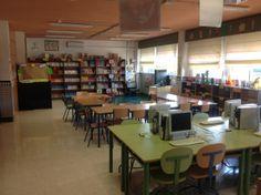 BECREA del CEIP Victoria Kent, Málaga Conference Room, Victoria, Table, Furniture, Home Decor, School Libraries, Spaces, School, Decoration Home