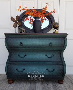 My Top 20 Dixie Belle 3 Color Blends – Brushed By Brandy Furniture Painting Techniques, Chalk Paint Furniture, Hand Painted Furniture, Refurbished Furniture, Decoupage Furniture, Distressed Furniture, Furniture Update, Diy Furniture Projects, Furniture Makeover