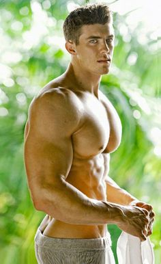 Fantasy muscle men, buff bodybuilders and good looking guys, BUILT by tallsteve.