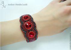 Купить Браслет женский на руку красный с камнями Сваровски: вышивка бисером - изящный браслет