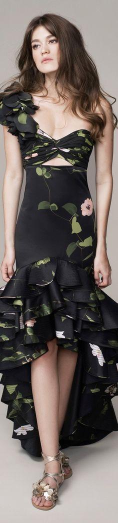 #Farbbberatung #Stilberatung #Farbenreich mit www.farben-reich.com Johanna Ortiz Spring 2016 Ready-to-Wear