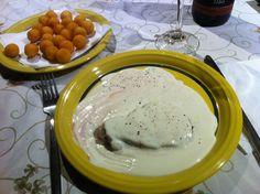 Bife do Lombo em molho Roquefort com Batata Parisiense