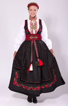 """""""Beltestakk"""" from Øst-Telemark, Telemark, Norway. This bunad have many variations. You have a lot of different choices in this buand and almost no one have the excact same model Folk Costume, Ethnic Fashion, Traditional Dresses, Fashion Beauty, Women's Fashion, Choices, Celebs, Norway Culture, Lady"""