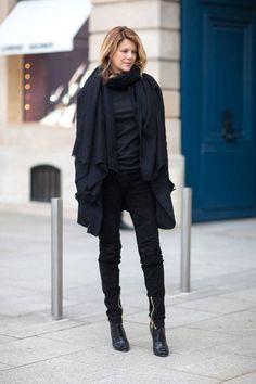 The latest street style looks straight from the streets of Paris. Click for more!