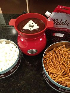 Great for a Christmas Party! Cookie cutter holds White Velata chocolate while the rest is milk chocolate. Superb!