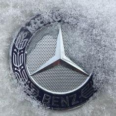 Lease a Mercedes through Premier Financial Services. Mercedes 180, Mercedes World, Mercedes Benz Logo, Mercedes Benz Wallpaper, E63 Amg, Best Classic Cars, Benz Car, Luxury Cars, Tractor