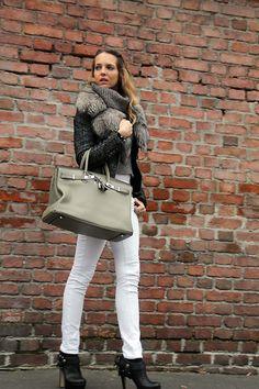 Irregular Cut Sweater (by Virginia Varinelli Paris) http://lookbook.nu/look/4452947-Irregular-Cut-Sweater