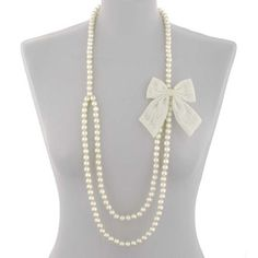 pretty bows   pearl necklace with lace bow