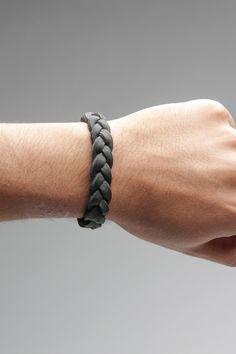 Leather Braided Bracelet in Black.