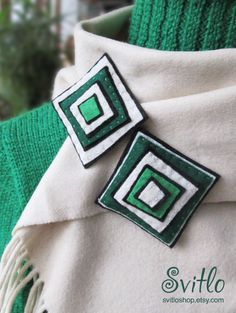 Green and White Double Brooch, Felt Brooch, Spring Colours Celebrations Brooch, Textile Art Jewelry, Mom's day, Mother's day gift