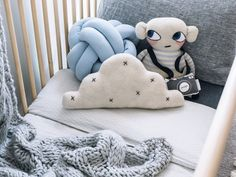 Scandinavian kids room / nursery inspiration. Cam Cam Bedding and LuckyBoySunday plush toy. Picture @oh.eight.oh.nine