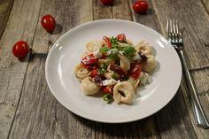 Sommerlicher Tortellini-Salat mit Ricotta, ein sehr schönes Rezept aus der Kategorie Gemüse. Bewertungen: 3. Durchschnitt: Ø 3,2.