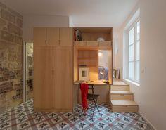 Modern Studio Apartment with Stone Walls - Paris, France