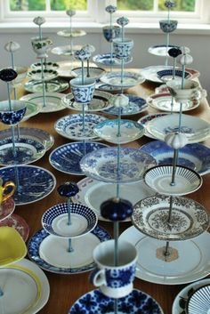 Jewelry organizer- Use dollar store dishes