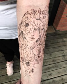 Feb 2020 - Sleeve Tattoos are quite popular with men and have a way of enhancing the masculine features of the wearer. Explore best Sleeve Tattoo ideas for Men… Tattoo Girls, Girl Face Tattoo, Girl Arm Tattoos, Girls With Sleeve Tattoos, Body Art Tattoos, Easy Half Sleeve Tattoos, Feminine Tattoo Sleeves, Feminine Tattoos, Unique Tattoos
