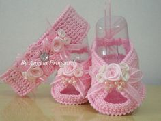 67 Ideas Crochet Toys For Girls Barbie Clothes Crochet Baby Sandals, Baby Girl Crochet, Crochet Baby Shoes, Crochet Baby Booties, Crochet Slippers, Crochet For Kids, Crochet Clothes, Crochet Fabric, Crochet Patterns