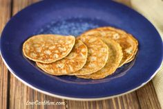 These flourless cinnamon Egg Fast pancakes are super low carb. This recipe is suitable for gluten free, keto, Banting, and other low carb high fat diets. Keto Pancakes Coconut Flour, Mexican Food Recipes, Snack Recipes, Diet Recipes, Breakfast Recipes, Keto Regime, Lower Carb Meals, Keto Egg Fast, Ketogenic Breakfast