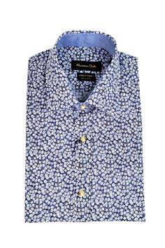 Los estampados florales se lucen en las prendas de hombre, tendencia que ya se ve en Costa Rica.  Si querés más información, da clic en la imagen.