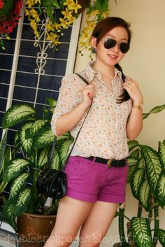 tiny flowers n purple shorts