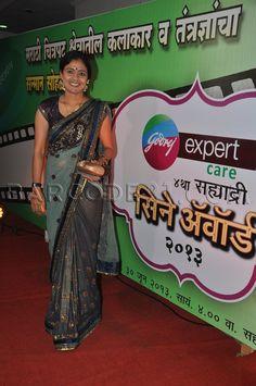 Net embroidered saree at 4th Sahyadri Cine Awards 2013.