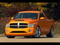 2004-Dodge-Durango-Dude-Concept-SEMA Yes I will take it!! Great color great stance!