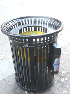Good public trash cans in Pittsburgh