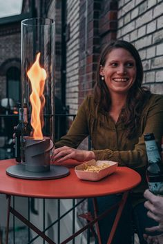 SPIN by höfats is a bioethanol lantern which is safe for use in- and outdoors. Garden Torch, Next Garden, Pellet Stove, Rocket Stoves, Garden Lamps, Decorative Glass, Welding Projects, Raw Materials, Metal Working