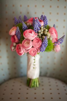 Gorgeous pink and lavender bouquet // photo by www.liveviewstudios.com, florals by A Ming Rose Florist