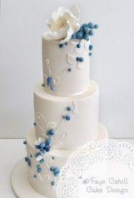 blue_berries, so pretty! Elegant Wedding Cakes, Elegant Cakes, Beautiful Wedding Cakes, Gorgeous Cakes, Wedding Cake Designs, Pretty Cakes, Amazing Cakes, Fondant Cakes, Cupcake Cakes