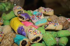 St Joseph Altar Cookies St Francis Xavier  Metairie, La - my grandma made the best Italian cookies!