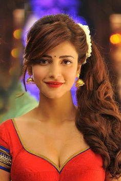 Shruti Hassan : cute nd sexy